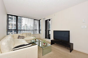Beautiful 1 Bedroom apartment + Den in Yaletown