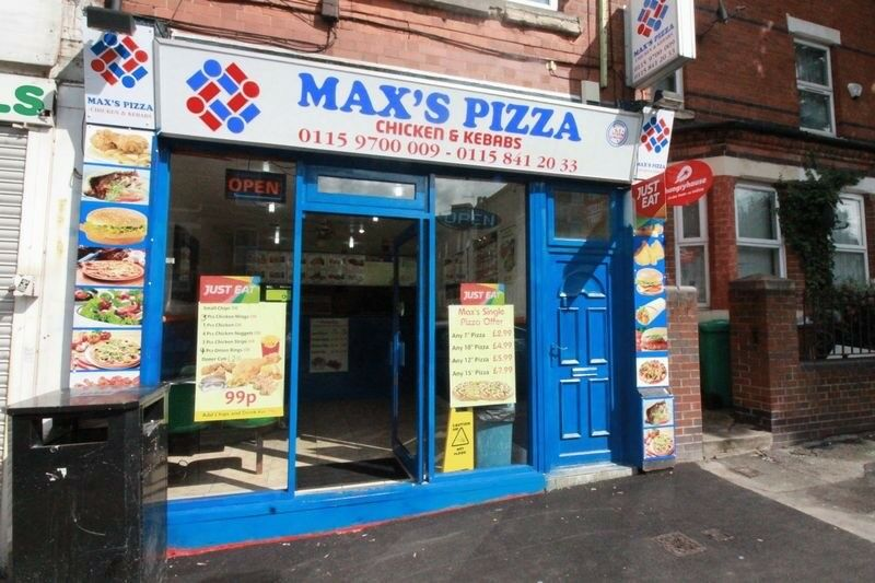 Pizza shop business for sale.