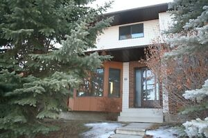 Airdrie Duplex - 1 year lease incentive!