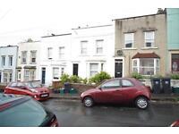 1 bedroom flat in Windsor Terrace, Totterdown, Bristol, BS3 4UF