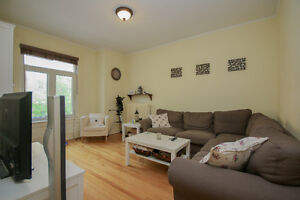 Charming 2 Bed Steps to the Canal