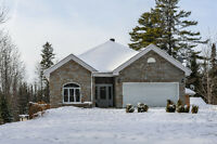3 Bedroom, 2 Bathroom bungalow on 2.82 Acres in Alfred for sale!
