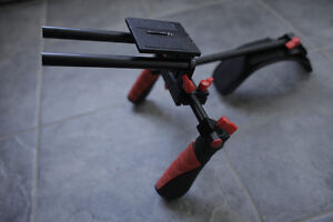 Apurture V2 Shoulder Rig, Camera Rails w/Follow Focus