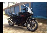 Kawasaki gpz 500 breaking/parts