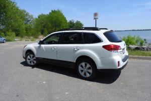 Subaru Outback 2011 selement 72,300 Km
