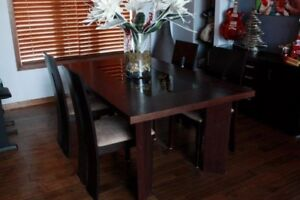 Dining Room Table / Dining Room Chairs / and Buffet