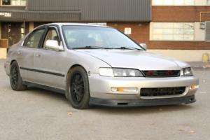 1996 Honda accord 2000$ nego