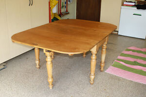 Canadiana Gate Leg Table Comox / Courtenay / Cumberland Comox Valley Area image 3