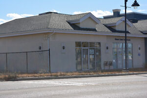 Airdrie commercial bay for LEASE
