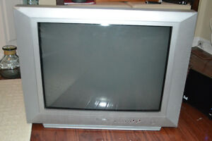 "27"" TV FOR SALE - WORKS PERFECTLY"