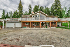 Beautiful Home on 1.11 Acre in Logan Lake