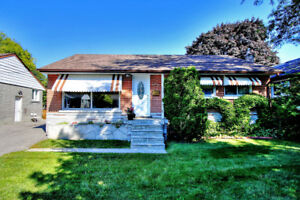 279 Sussex Ave Richmondhill Bayview Secondary PS - For Rent