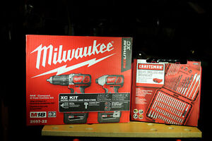 """Milwaukee M18 Hammer Drill, 1/4"""" Impact Driver with 100 PC set"""