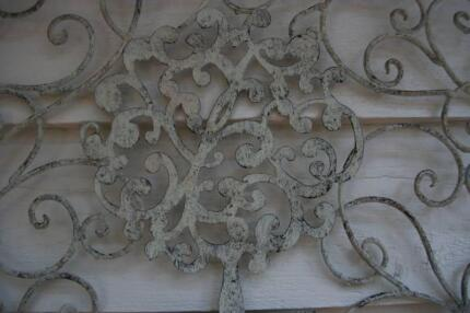 Metal wall art hanging décor topiary tree vintage petina sale