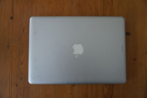 2010 Macbook Pro 13 inch for sale for parts