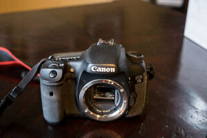 Canon 7d body with extras + flash Strathcona County Edmonton Area image 2