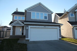 Home in Beautiful Summerside on Oversized Lot