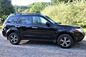 Subaru Forester 2009 163 000Km automatique.