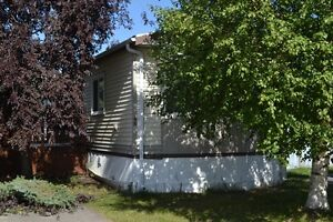 Great 2 bdrm in Evergreen