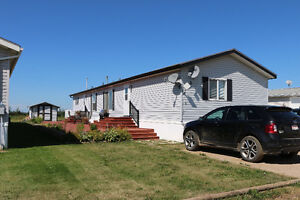 Well cared for, low maintenance home in Athabasca