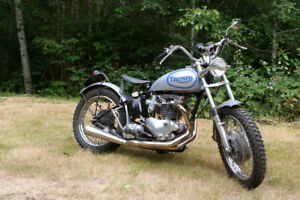 BEAUTIFUL 1955 TRIUMPH 650