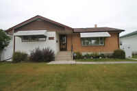 Beautiful Bungalow in a Great Area!