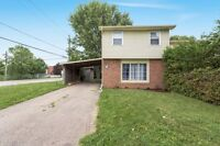 Great value! Clean and move in ready home in Alliston!