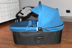 NEW Baby Jogger Deluxe Bassinet in Teal + Naturepedic Organic