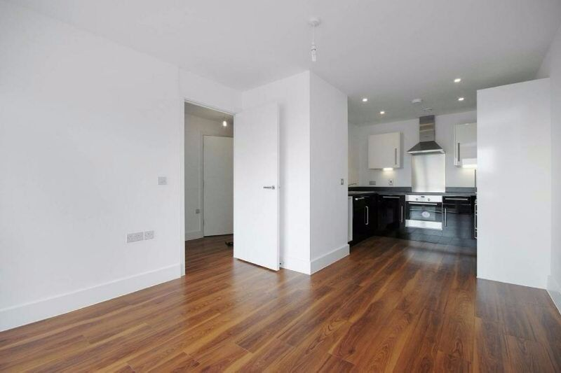 Newly refurbished one bedroom apartment with balcony - The Move, Loudoun Road, NW8