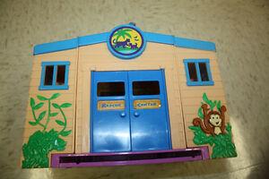 Dora and Diego Let's Go Adventure Rescue Centre Peterborough Peterborough Area image 2