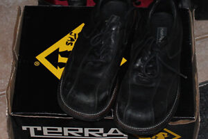 Men's Hush Puppies Safety shoes - Black - Size 8