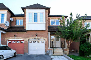 Beautiful 4 bedroom, 2000 sq.ft semi-detached house in Markham