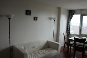 Bright and spaceious room for sublet