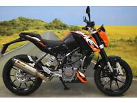 KTM Duke 125 2016** One owner, 999 Miles, Akrapovic Exhaust