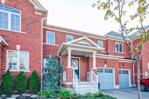 MILTON 3 BED 3 BATH TOWNHOME