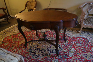 ANTIQUE SERPENTINE ENTRANCE PARLOR TABLE