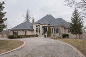 Country in the City! Gorgeous 2+ acre private estate