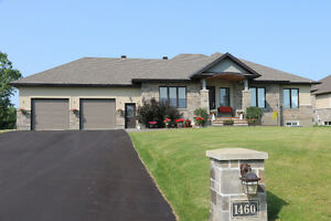 MLS® #1022048 - Beautiful custom designed bungalow in Greely.
