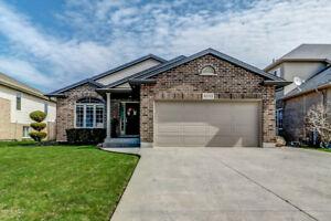 Niagara Falls Family Home for Sale!