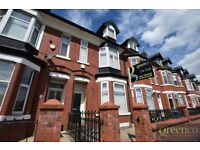 Studio flat in Weaste Lane, Salford, M55