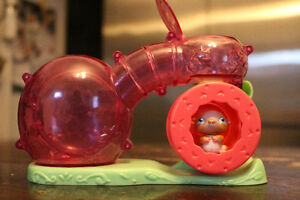 Littlest Pet Shop Hamster /guinea pig cage and tunnel