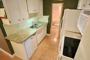 2bd 2bath 998sqft renovated with South Downtown View North Shore Greater Vancouver Area image 5