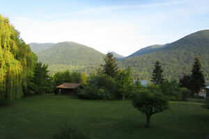 Lovely 3 Bedroom home for rent on Kootenay Lake