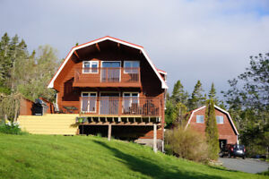 Chalet Living at the Coast in HRM
