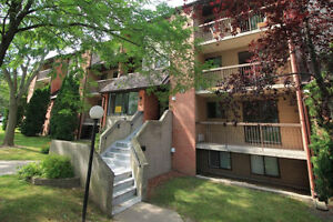 PARENTS AND INVESTORS: 3bed University Condo