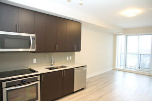 Grand Palace - Luxury 1 + den condo for rent in Richmond Hill