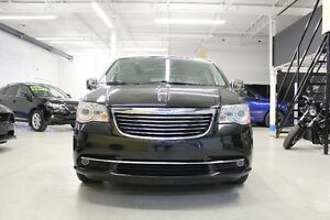 2013 Chrysler Town & Country Limited Minivan