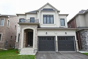 Large & Luxurious 2 bedroom For Rent Mississauga Rd & Steeles