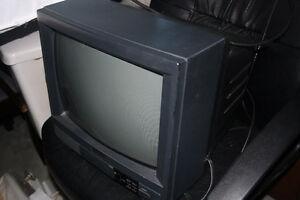 """13"""" CRT TV"""