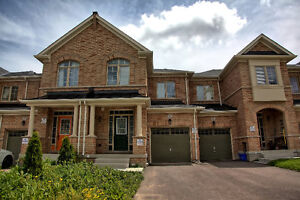 New 4 Bedroom Townhouse for Rent, Young & 19TH, Richmond Hill